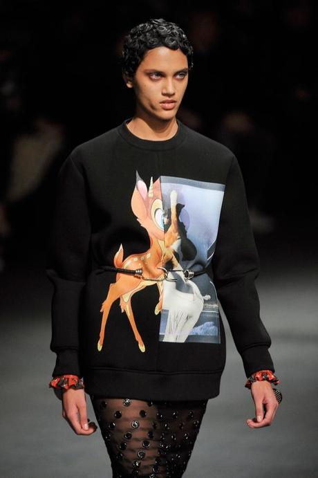 sweatshirt-bambi-givenchy-L-Fe_qut hiver 2013